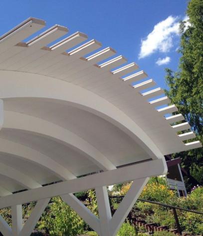 Carport mit rundem Dach